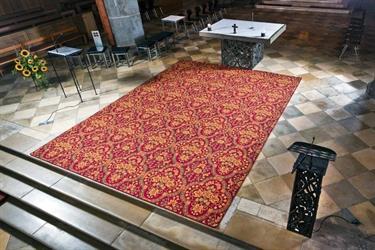 Kirchenteppich und Kokosläufer