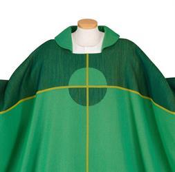 Kaseln in der liturgischen Farbe grün
