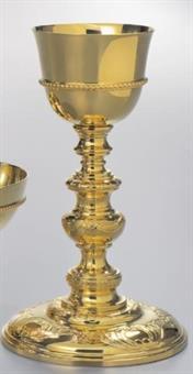 Kelch, vergoldet mit barocken Ornamenten